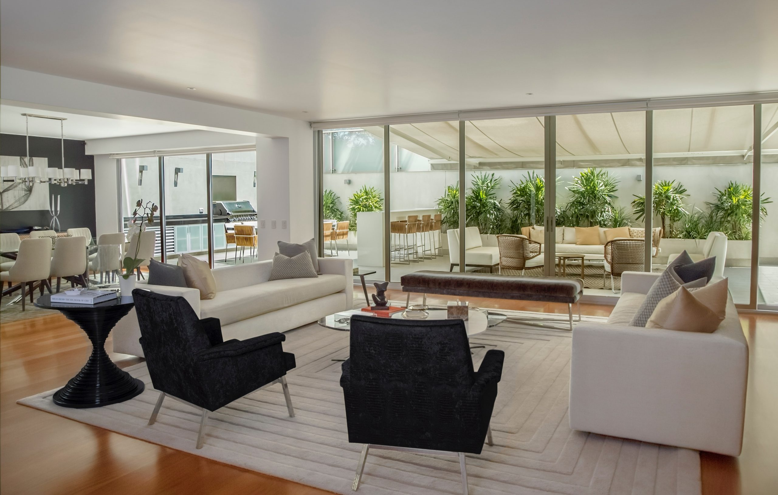 FIVE LITTLE THINGS YOU CAN DO TO MAKE YOUR HOME MORE APPEALING